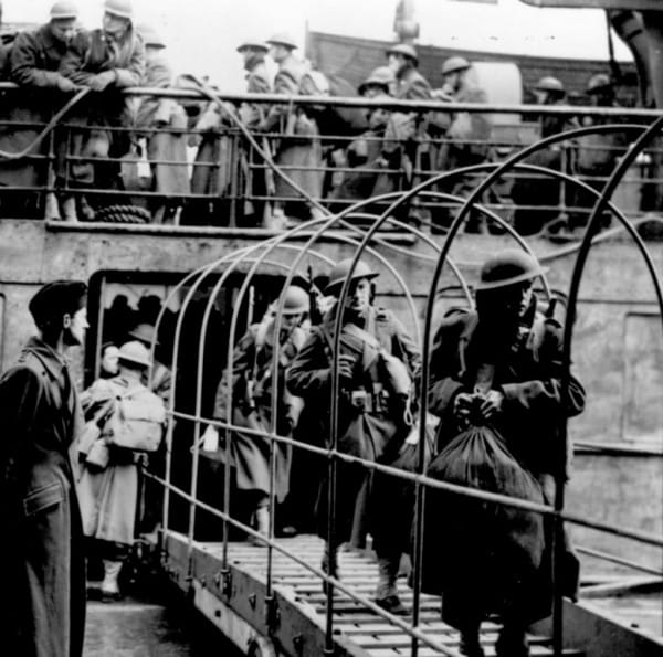 World War II Today: January 26 - WWII American Expeditionary Force lands in Northern Ireland.