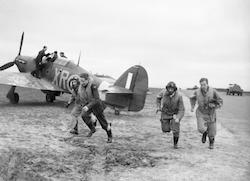 World War II Today: October 8 - American pilots of No 71 'Eagle' Squadron rush to their Hurricanes at Kirton-in-Lindsey, 17 March 1941. (Imperial War Museum)