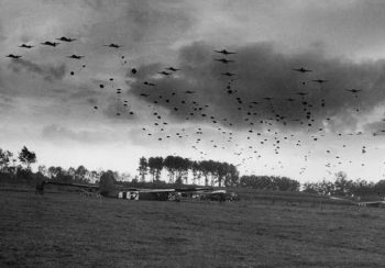 Parachute drop of the 82nd Airborne at Grave, near Nijmegen - Operation Market Garden