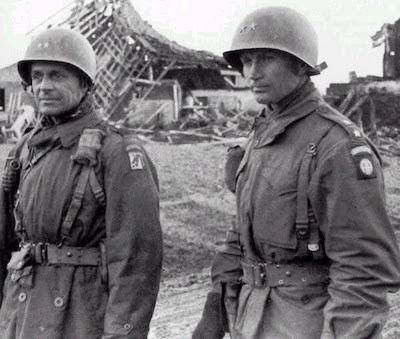 GeneralJames Gavin and General Matthew Ridgway at the Battle of the Bulge